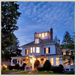 Maine southern seacoast accommodations at Maine Stay Inn & Cottages in Kennebunkport