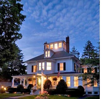 Maine Stay Inn & Cottages in Kennebunkport Maine